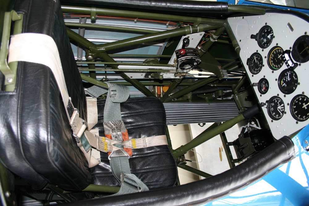 Boeing_Stearman_N75MR24.jpg