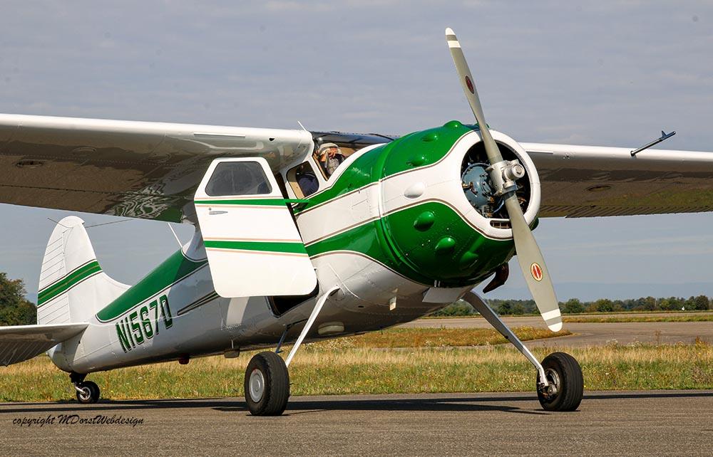 Cessna_195_2015-09-2615.jpg