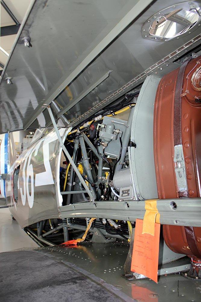 Yak-11_D-FYWM_2012-09-213.jpg