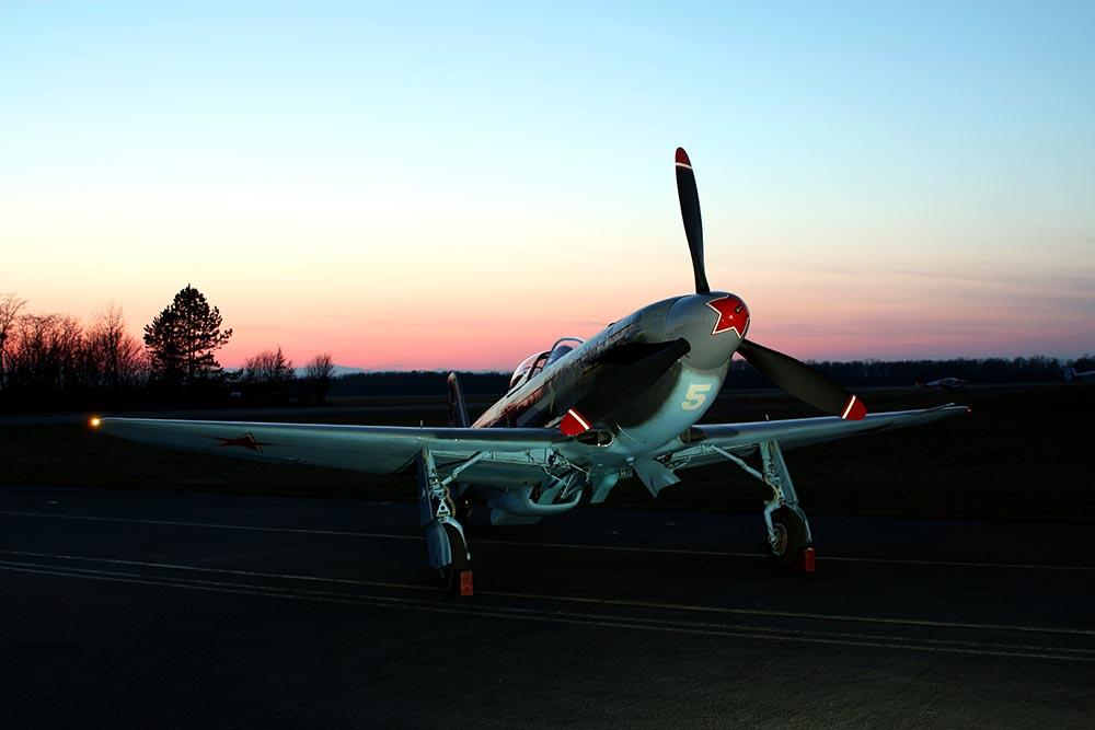 Yak-3_D-FYGJ_2013-03-15_5.jpg